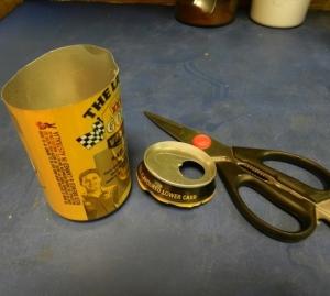 Cut the top off the aluminium can