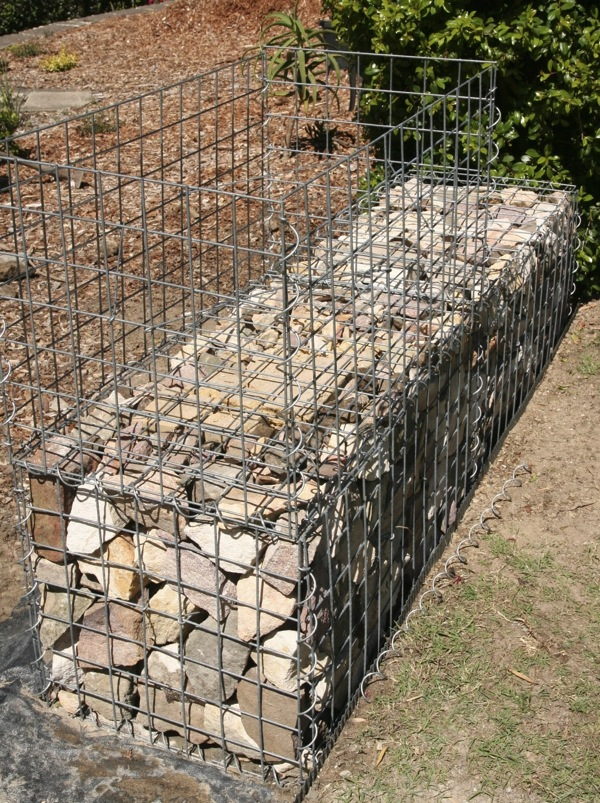 How To Build A Gabion Wall - Gardendrum