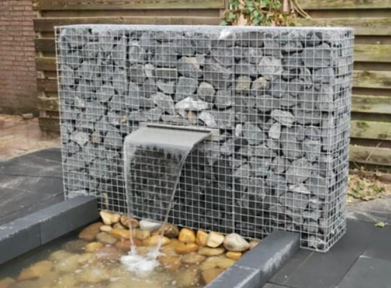 Gabion blade fountain by Gabion Schanskorven