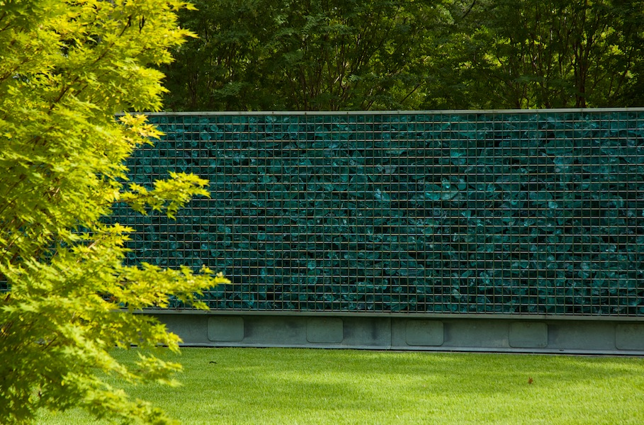 Gabion wall with slag glass. Design David Hocker of Hocker Design Group. Photo Gisela Borghi ASLA 2010 winner