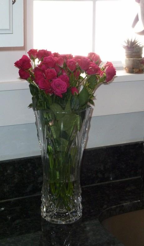 Maria von Brincken pink-roses-on-counter-600x800