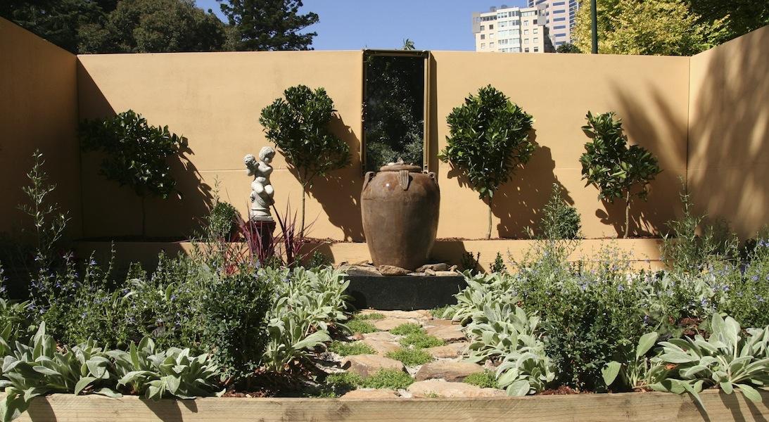 A Mediterranen Themed Garden MIFGS 2013