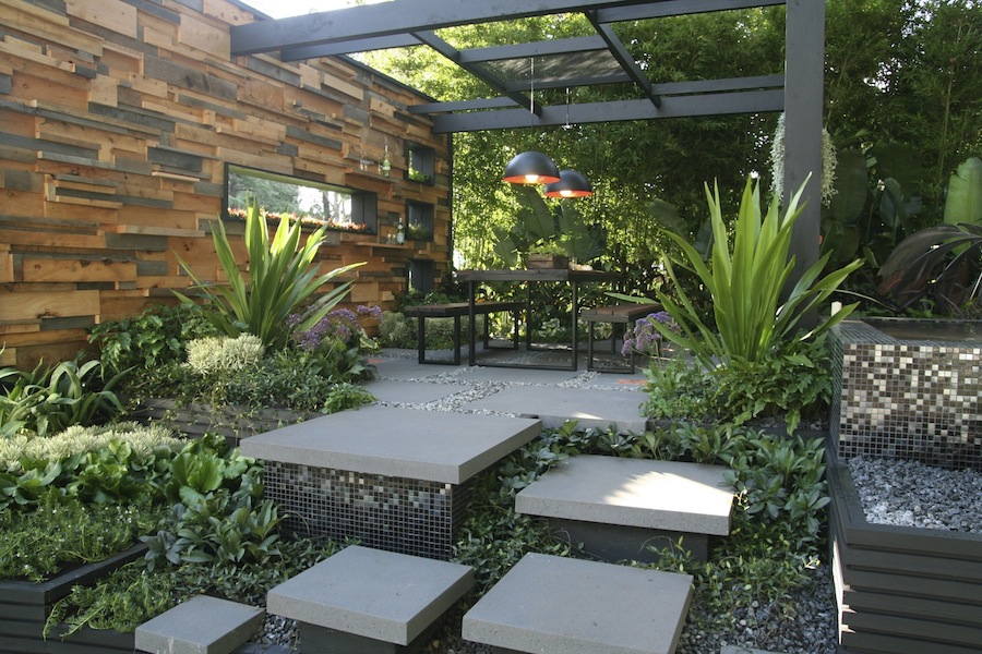 Backyard Landscaping Shows : International flower and garden show mifgs awards gardendrum