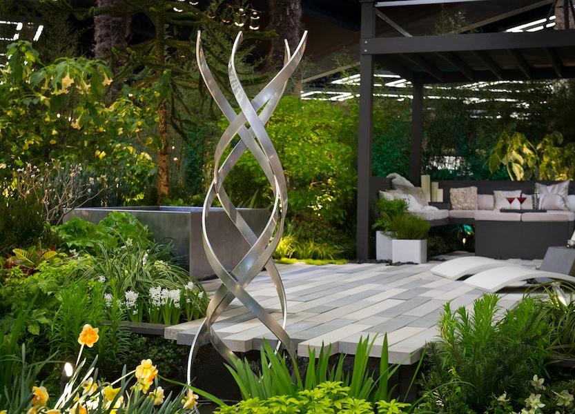 Sublime-Garden-Design-at-the-Northwest-Flower-and-Garden-Show-2013 Kismet sculpture by Terra Sculpture