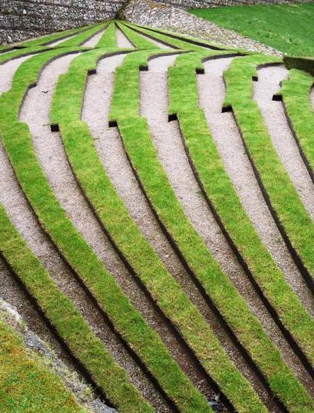 Symmetry break terrace (photo by Yellow Book)