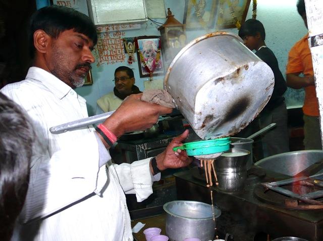 An Old Delhi chai-wallah at work