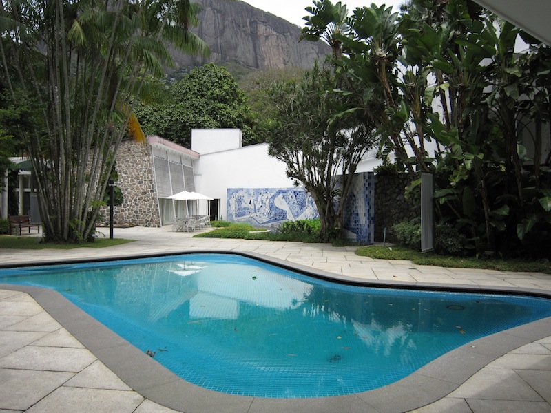 Burle Marx Instituto Moreira Salles swimming pool