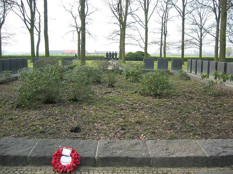 Langemark mass grave