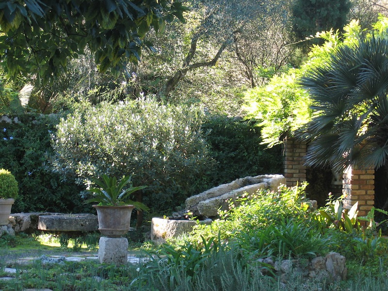 Corfu jardin Doxiadis Photo L Jones