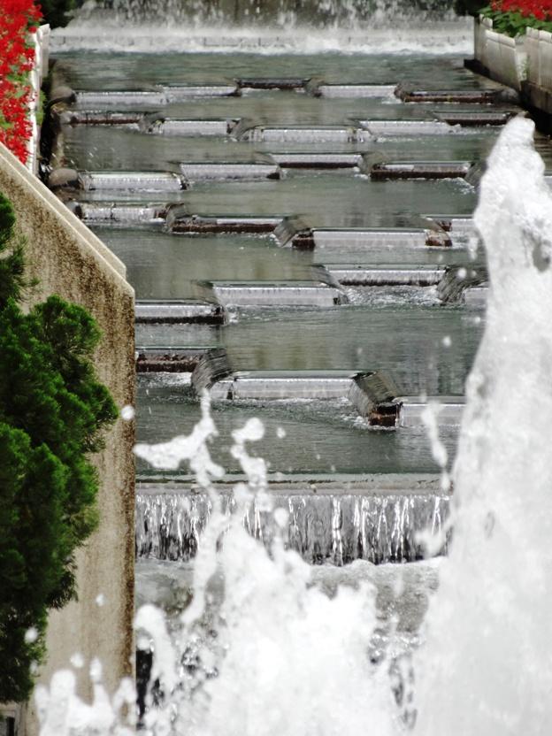 Hong Kong Park water feature