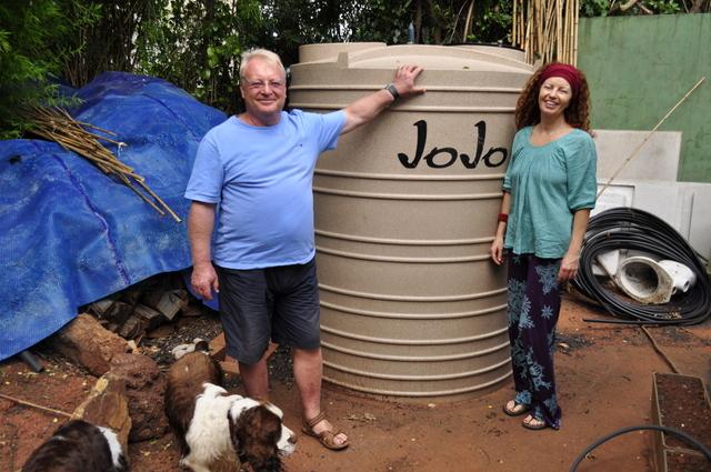 Nico Czypionka and Jane Griffiths in front of the JoJo Tank