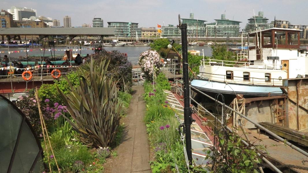 London Barge Gardens