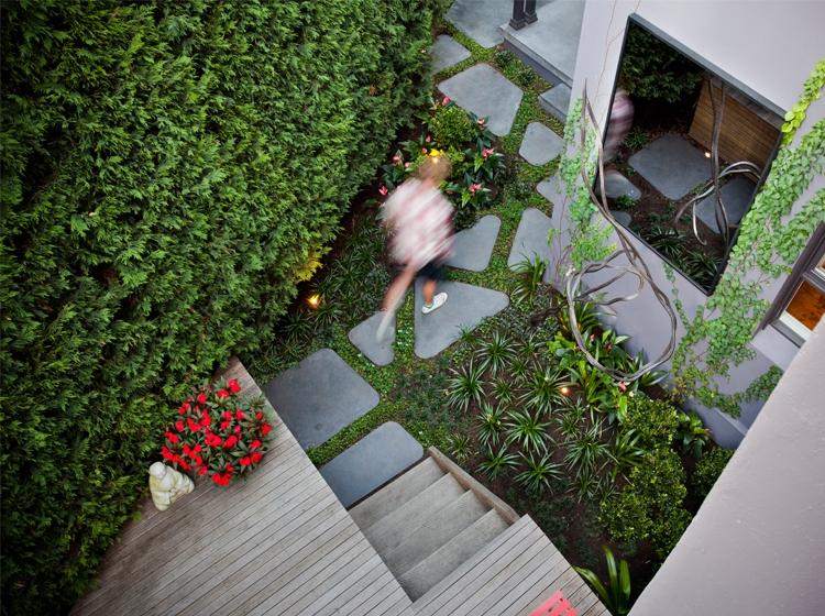 Pepo Botanic Design courtyard