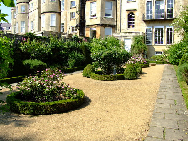 Recreation of a Georgian garden at Number 4, The Circus, Bath. Photo by Charles DP Miller