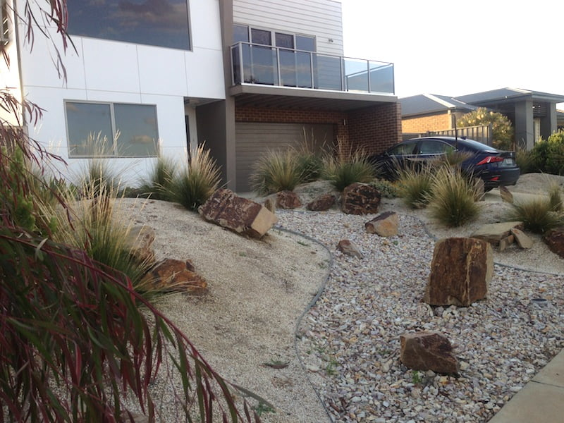 Designing a beach garden gardendrum for Beach house designs melbourne