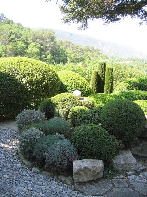 La Louve, the garden of Nicole de Vésian. Photo courtesy Louisa Jones, from her book Modern Design in Provence: the Gardens of Nicole de Vésian
