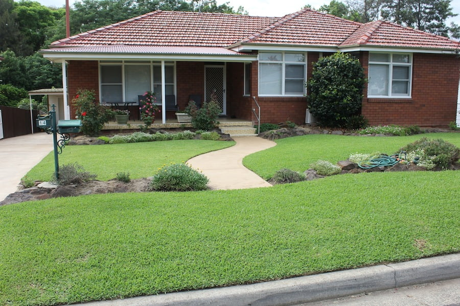 A well kept lawn cools your house