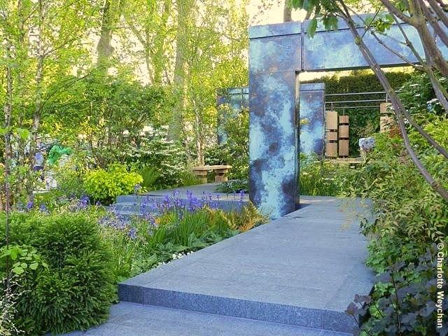 Chelsea 2014 Brewin Dolphin garden designed by Matthew Childs