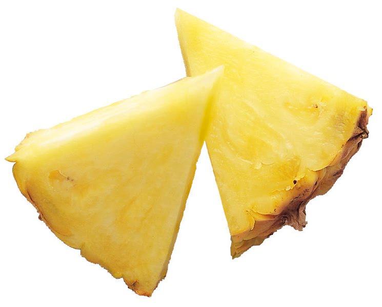 745px-Ananas_comosus_slices