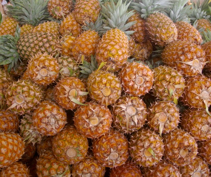 Roughies - Ananas cosmosus 'Ripley' in a Cairns market