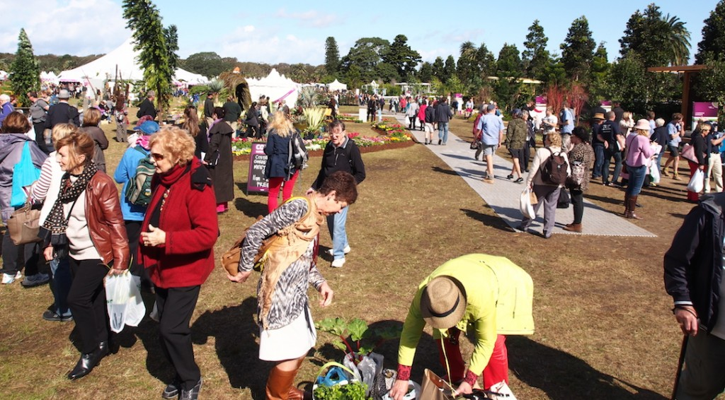 Crowds at the Australian Garden Show Sydney 2014