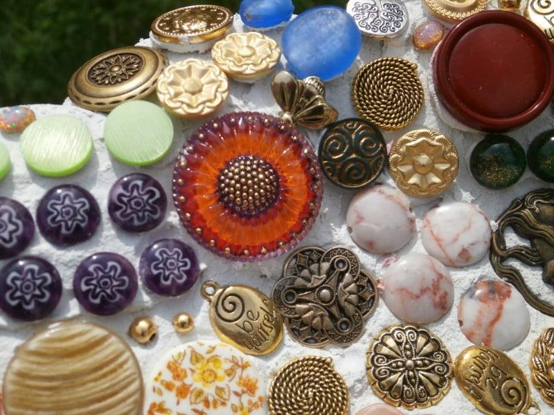 buton mosaic2