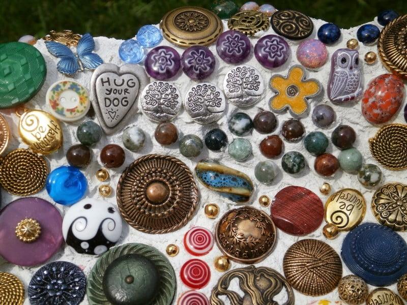 button mosaic 4