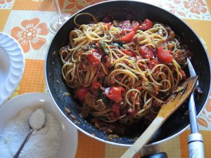 05 Yum tomato pasta