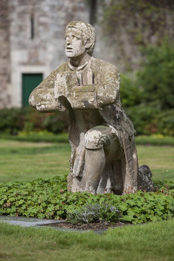 Statue of Mr Morris. Photo Angus Bremner© Bremner Design, courtesy The Abbotsford Trust