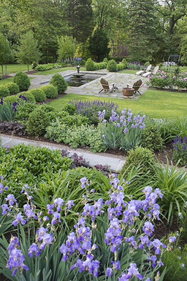 Usa 39 s 2015 best landscape designers gardendrum for Hills farm and garden