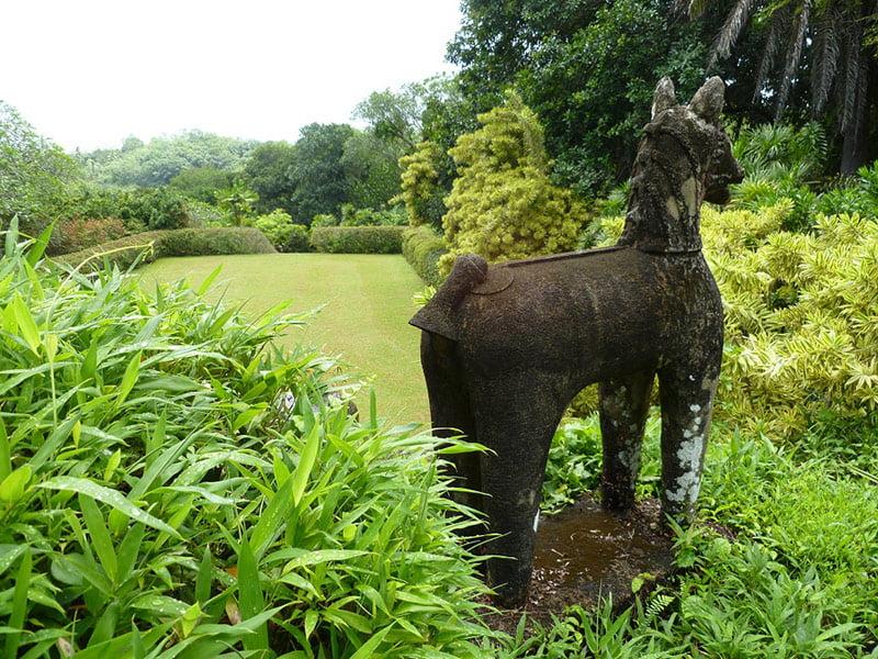 Donald Friend statue in Bevis Bawa's garden, Brief. Photo Fiona Ogilvie