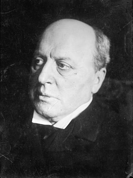 Henry James c.1910