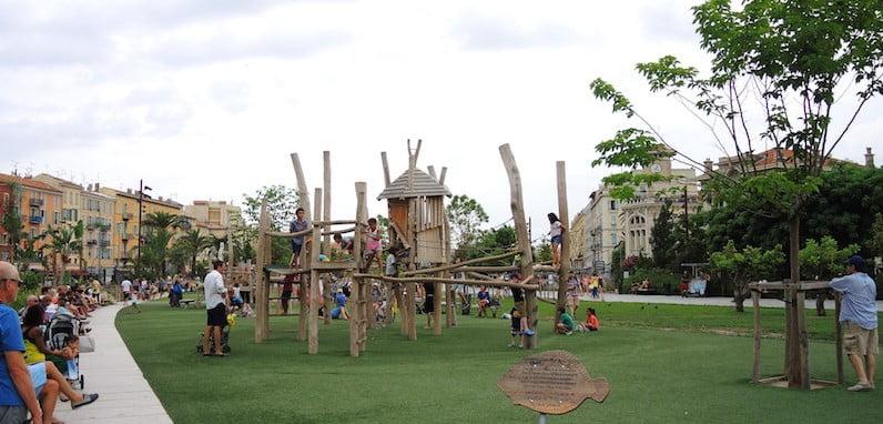Play area for older children. Promenade du Paillon, Nice
