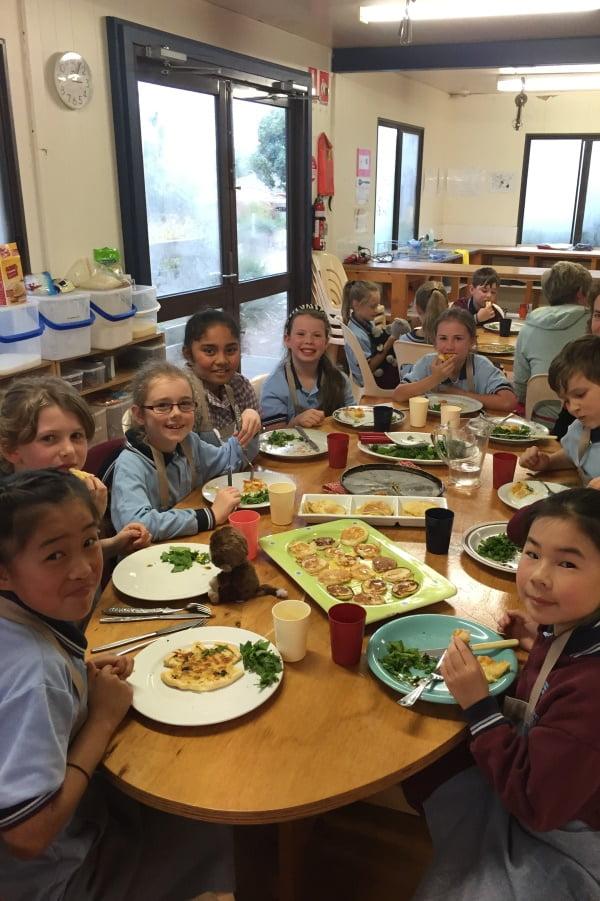 Weeden Heights Primary School sharing food