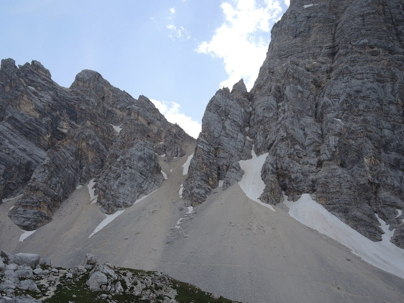 Scree slopes radiate heat