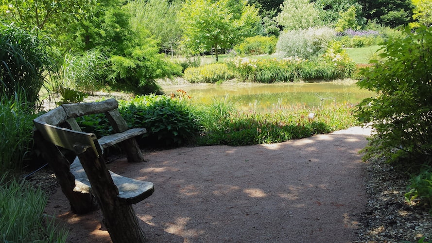 Many restful and shaded spots, to hide from the French summer heat Jardin du Bois du Puits