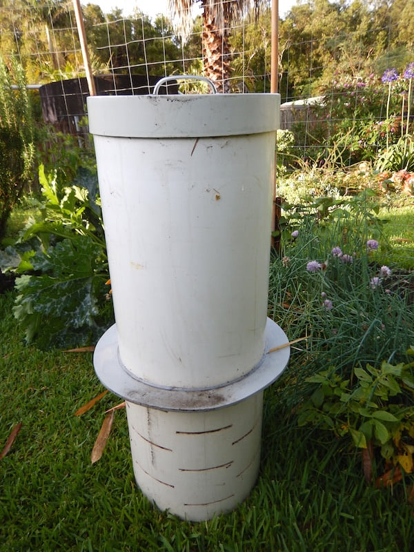 Make a lid for your DIY drainage pipe in-ground worm farm