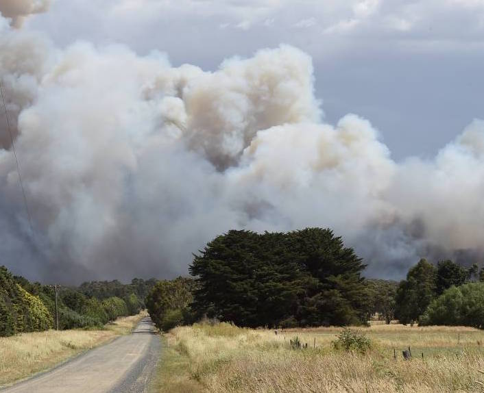 Scotsburn fire. Photo Lachlan Bence