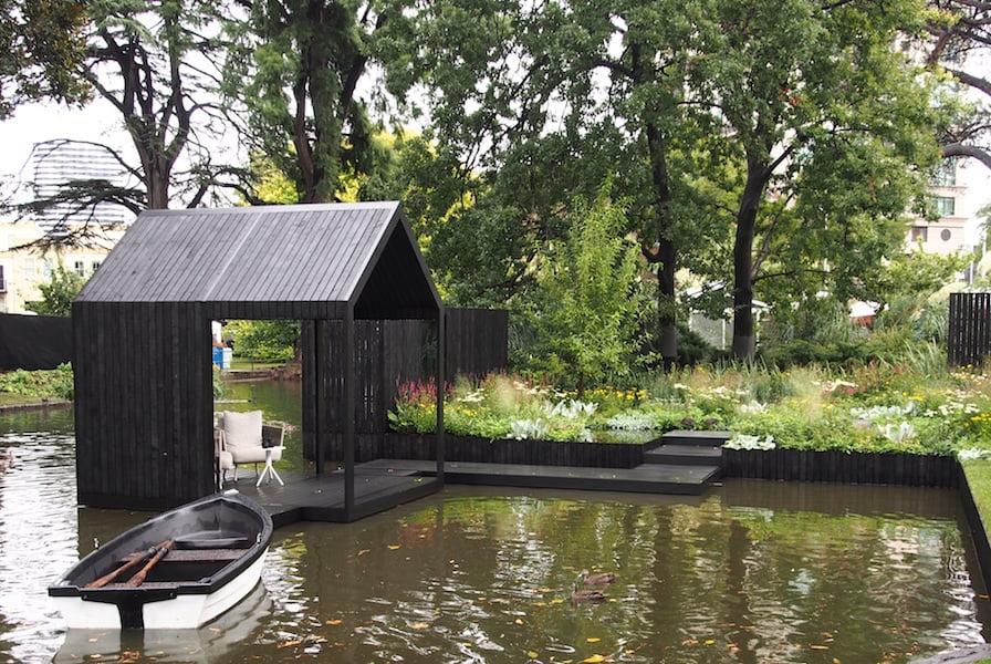 Reflection by Ian Barker Gardens. MIFGS 2016