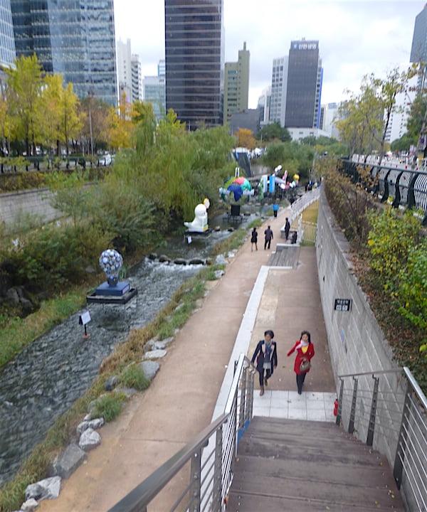 Cheonggyecheon Stream upper section