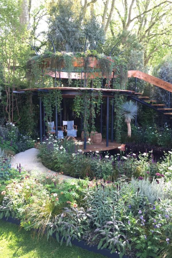 The Winton Beauty of Mathematics Garden designed by Nick Bailey