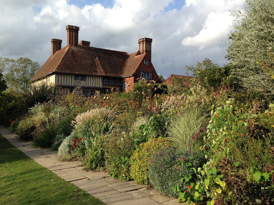 An overflowingly autumnal Great Dixter, Kent. Photo: Janna Schreier