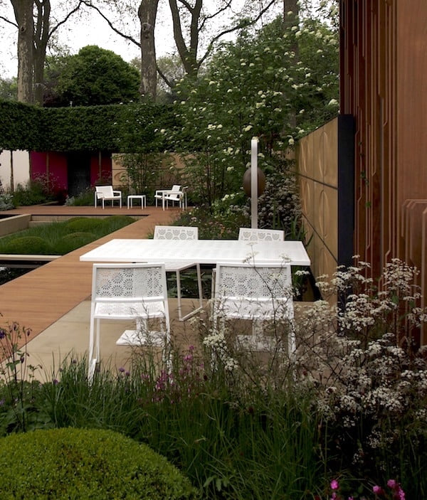 Light coloured aluminium furniture stays cool, even in direct sunlight. Chelsea Flower Show 2013. Design Myers