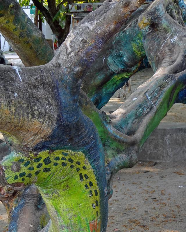 Sculpture tree artwork (2)_640x800