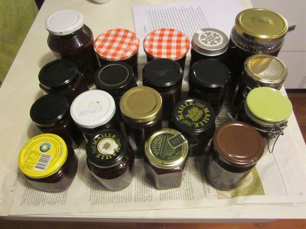 The result - 19 jars!