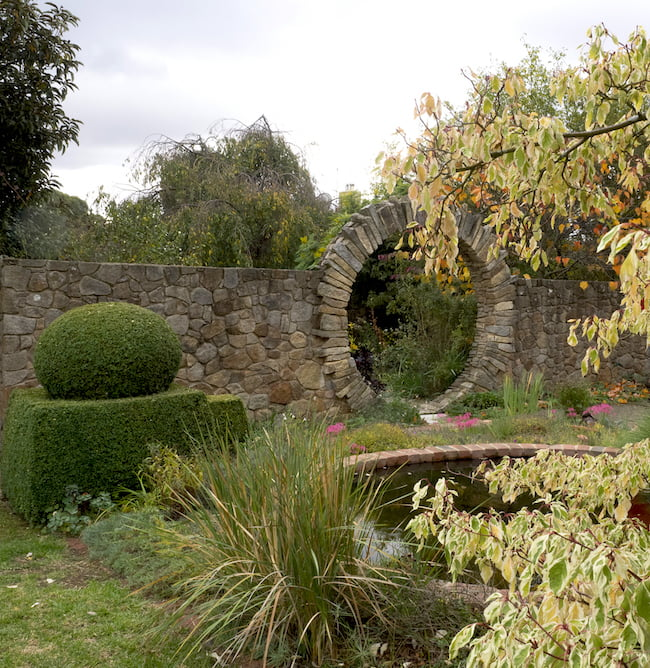 Sunnymeade garden, Victoria