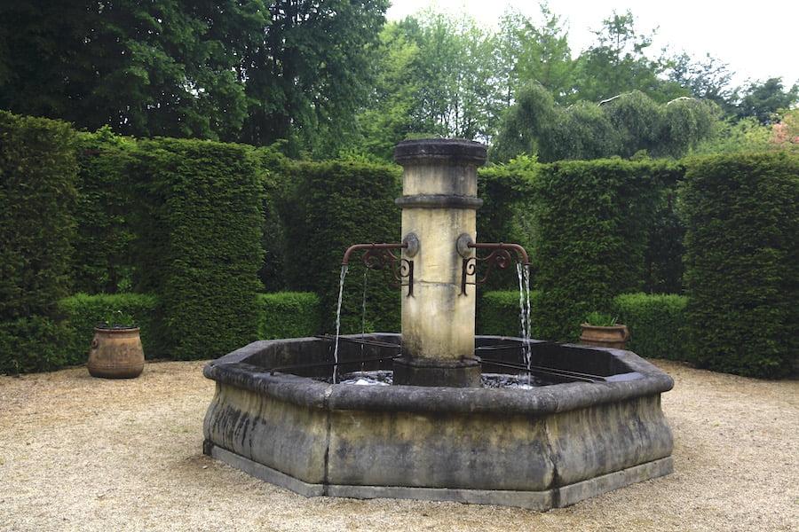 4. Rural vernacular artefacts in Les Jardines en Le Pays d'Auge