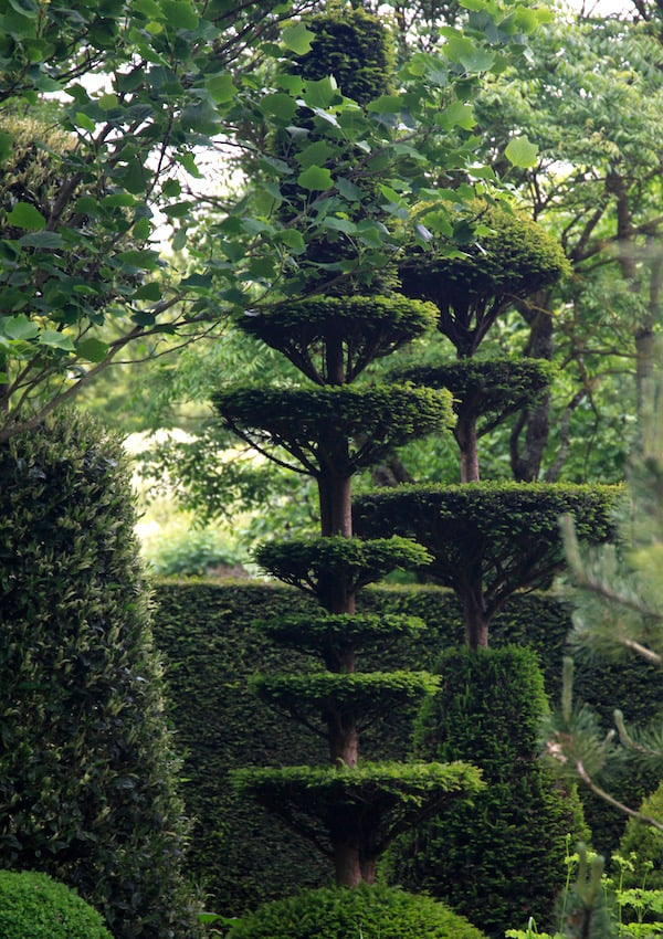 7. Shishkabob topiary in Jardins de Castillion