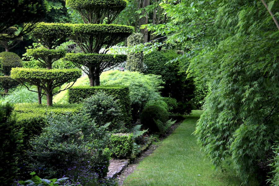 8. Path through Jardins de Castillion