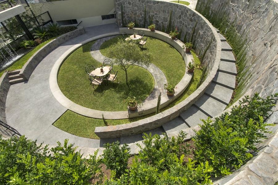 Cockfighting arena garden. Design Nikolás Briceño
